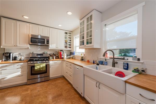 Upper Level Suite Kitchen