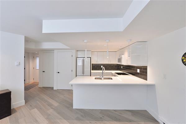 Suite Kitchen 1