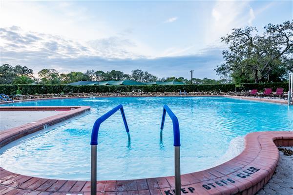 Owners Club Pool