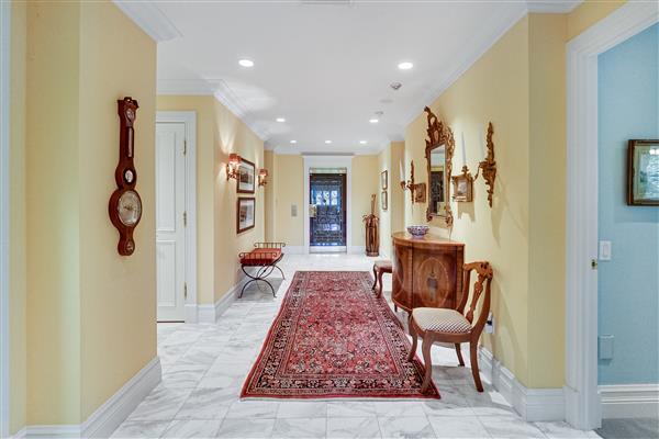 Apt Foyer